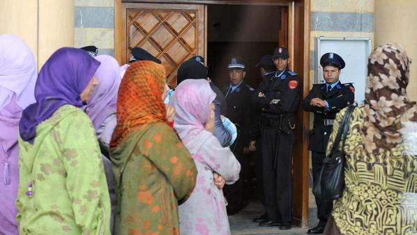 غليان بسبب تخفيف حكم في حق معلم تزوج 12 فتاة قاصرا من سنتين لستة اشهر سجنا