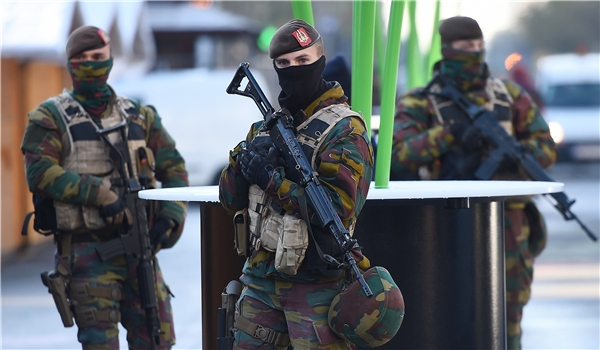 الأمن البلجيكي يعتقل ستة أشخاص يشتبه بتورطهم في تفجيرات بروكسل الإرهابية