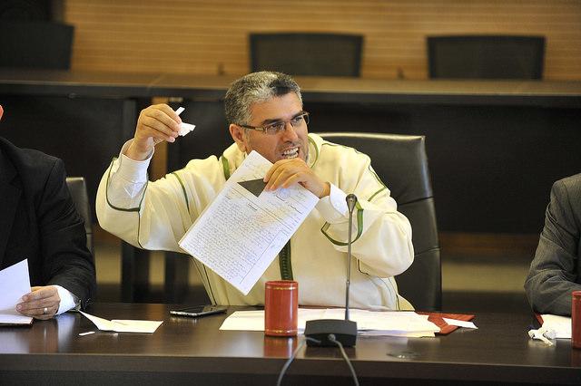 وزارة العدل تحيل ملفات مؤسسات عمومية وأزيد من 20 جماعة محلية على النيابة العامة