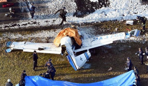 تحطم طائرة يابانية صغيرة ومصرع ركابها