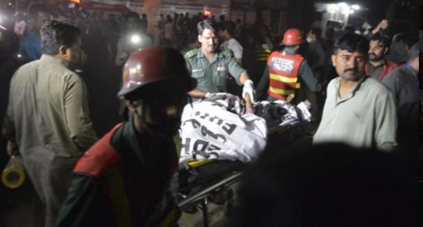 هجوم ارهابي يستهدف منتزه بباكستان ويخلف 56 قتيلا