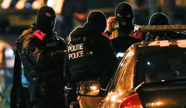 اعتقال فرنسي في هولندا يشتبه بتخطيطه لارتكاب اعتداء