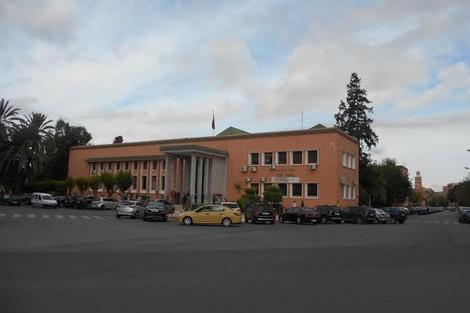النيابة العامة باستئنافية مراكش تحيل 10 قاصرين على المحاكمة بتهمة السرقة الموصوفة