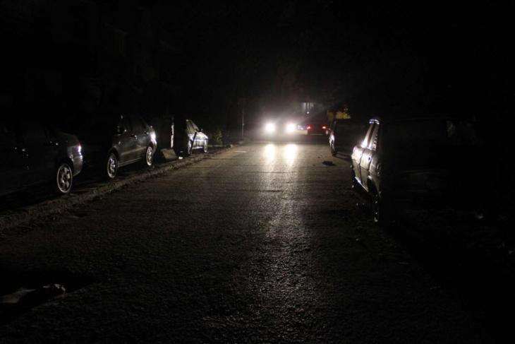 عاجل: زنقة سوريا ولبنان بحي جليز بمراكش يلفهما الظلام بعد تعطل الإنارة العمومية