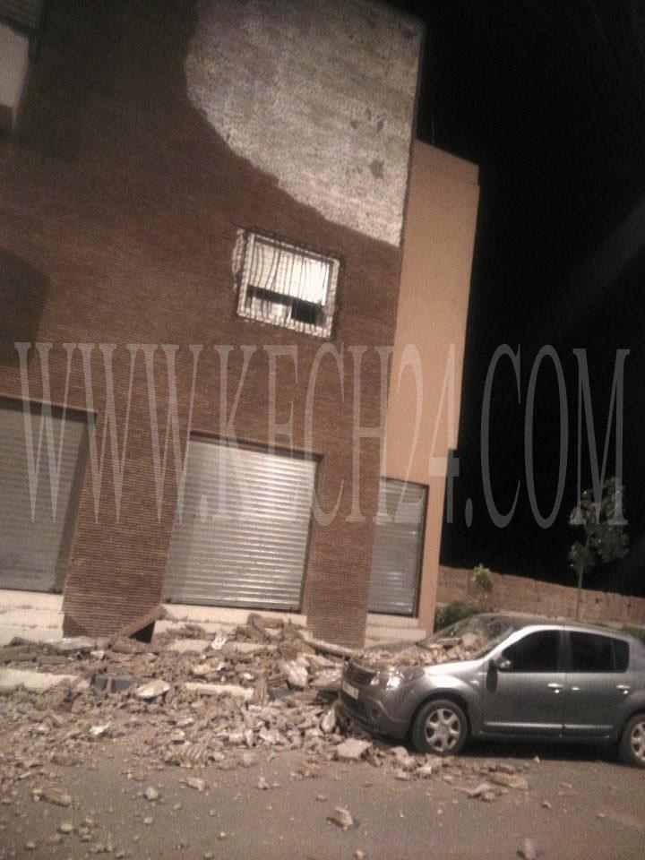 إنهيار واجهة جدار بإقامة سكنية حديثة بحي المحاميد بمراكش + صور