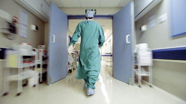 نقل والي أمن آسفي ونجله في حالة حرجة إلى المستشفى لهذا السبب