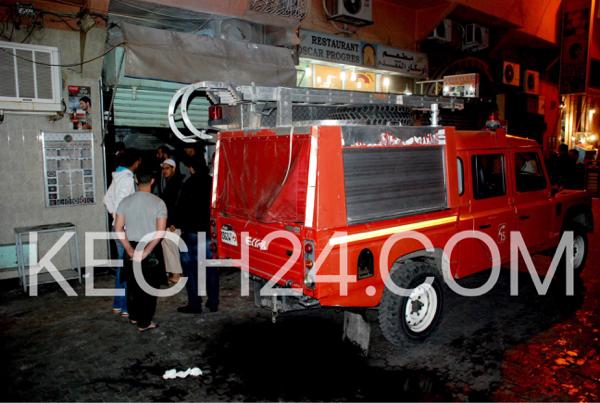 حريق يلتهم محل لبيع المأكولات قرب ساحة جامع الفنا بمراكش + صور حصرية