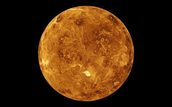 عطارد يظهر لسكان الأرض فى حدث فلكي نادر