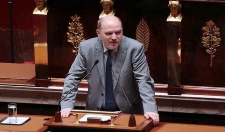 استقالة نائب رئيس الجمعية الوطنية الفرنسية بعد اتهامه بالتحرش الجنسي