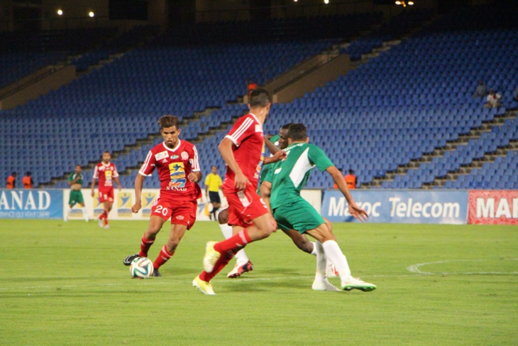 هل يخدل جمهور الكوكب المراكشي من جديد فريقه فيما تبقى من مباريات البطولة ؟؟