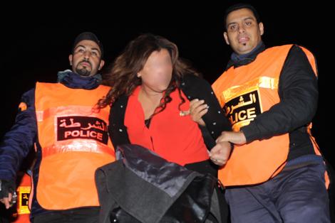 سكوب: اعتقال أفراد عصابة إجرامية بينهم فتاة سرقوا خزانة شركة بها ستة ملايين سنتيم
