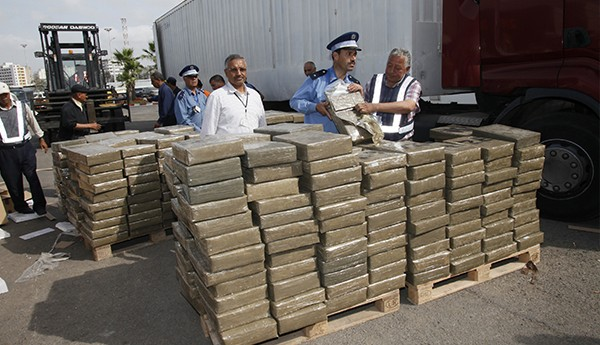 الأمن يعترض شاحنة محملة بـ3 أطنان من مخدر