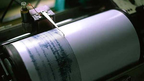 80 جريحا في زلزال عنيف ضرب الجزائر