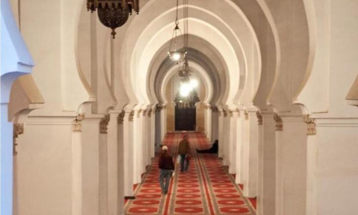 توقيف إمام مسجد مارس العادة السرية بحمامات المسجد بفاس في نهار رمضان