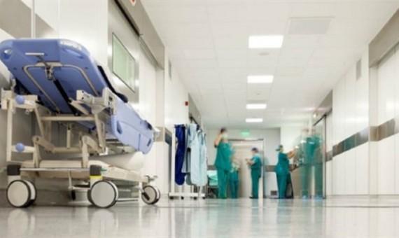 """توقيف ممرضة عن العمل بسبب رفضها تلقيح الأطفال بلقاحات """"فاسدة"""""""