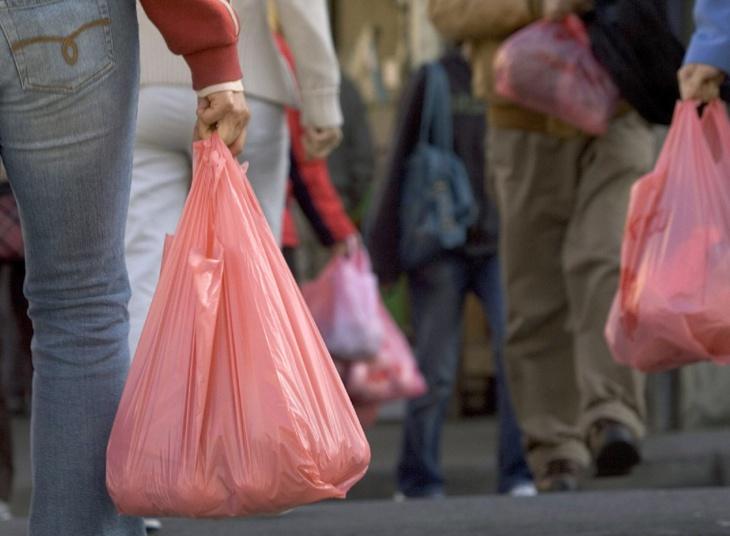 تكلفة استبدال الأكياس البلاستيكية