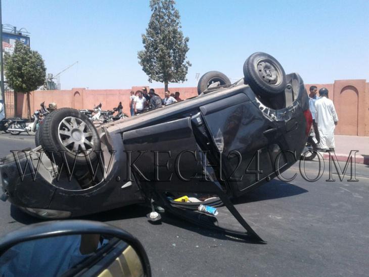 عاجل: إنقلاب سيارة بطريق مطار مراكش المنارة + صور