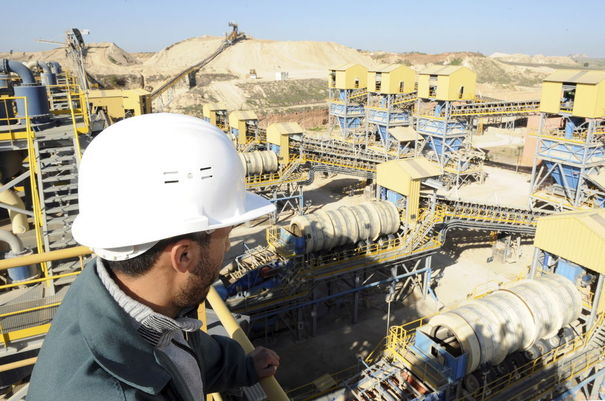 دراسة أمريكية تتوقع إزاحة الفوسفاط للنفط واستفادة المغرب بشكل كبير