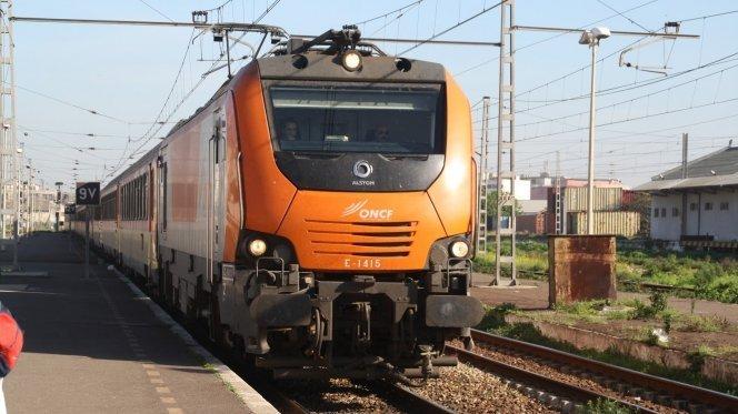 قطارات لخليع بين مراكش والدار البيضاء بدون خدمات تقنية