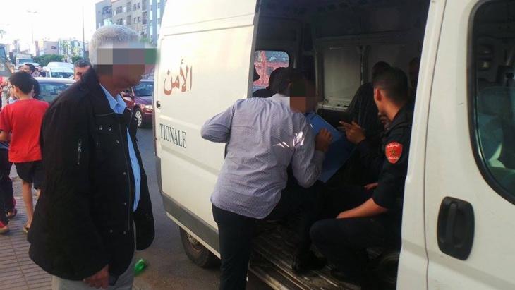 اعتقال شخصين احتجزا شابين وطالبا بفدية مالية للافراج عن أحدهما