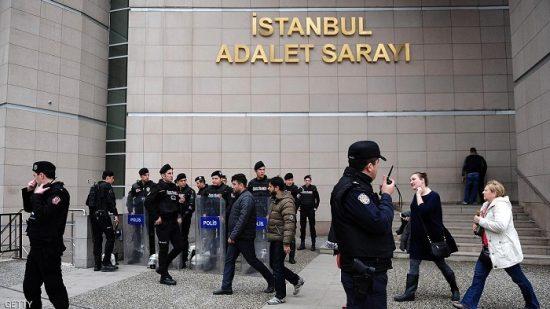 تركيا تعزل أكثر من 2700 قاض بعد محاولة الانقلاب