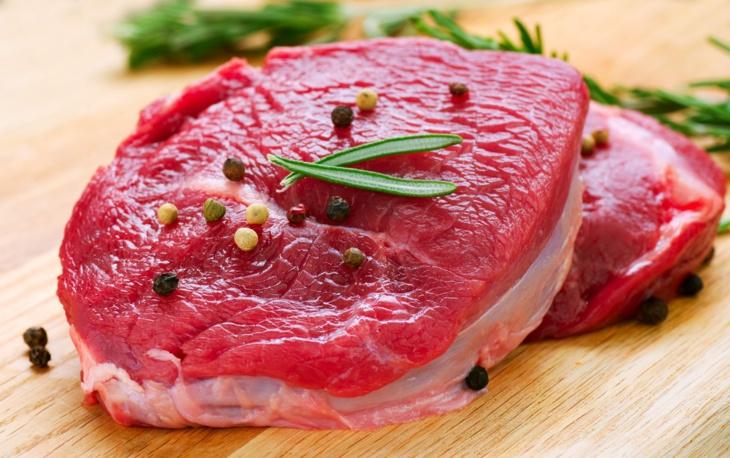 اللحوم الحمراء تسرع الشيخوخة