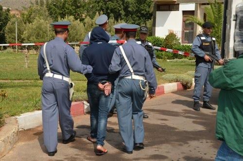 درك تامنصورت يعتقل مجرما خطيرا متورطا في عمليات سرقة تحت التهديد بالسلاح