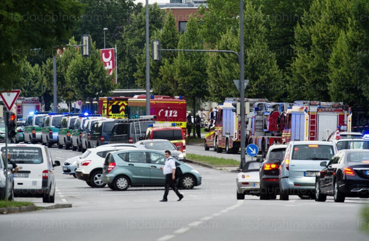 مقتل شخص وجرح آخرين في هجوم بساطور نفذه لاجئ سوري غرب ألمانيا