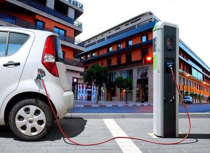 تخصيص سيارات كهربائية لنقل المواطنين بمراكش تزامناً مع مؤتمر المناخ