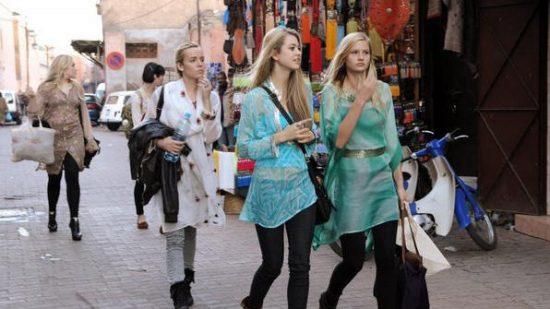 توقعات بزيادة السياح الروس للمغرب في 2016 نتيجة الاستقرار الأمني