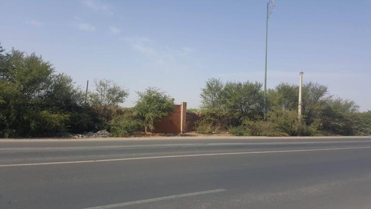 مخاوف من كارثة بسبب خيط كهربائي بمنطقة العزوزية بمراكش والمكتب الوطني خارج التغطية + صورة