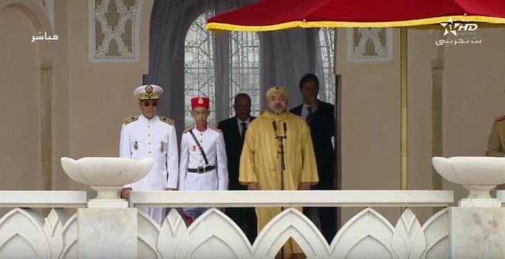 الملك محمد السادس يترأس بتطوان حفل أداء القسم للضباط المتخرجين من المدارس العليا العسكرية وشبه العسكرية + فيديو