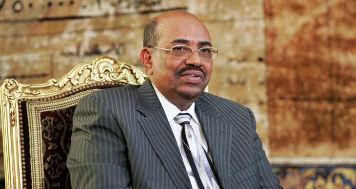 الملك محمد السادس يوجه دعوة رسمية للرئيس السوداني لحضور قمة المناخ بمراكش