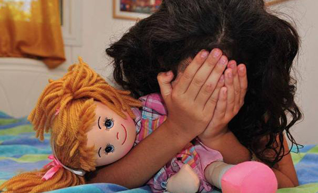 عاجل: وحش بشري يحاول إغتصاب طفلة صغيرة ويلوذ بالفرار بمراكش