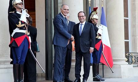 الرئيس الفرنسي يؤكد التزامه الشخصي والتزام بلاده لإنجاح مؤتمر مراكش