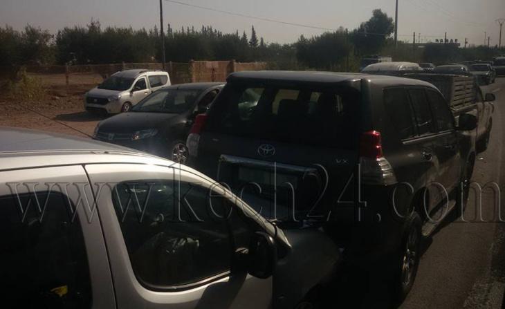 إصطدام سيارات بين مراكش وجماعة السويهلة والحصيلة إصابات في صفوف ركاب طاكسي + صور