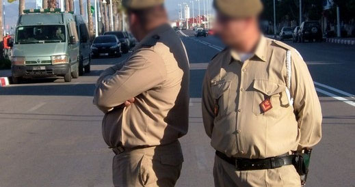 اعتقال «مخزني» مزيف متلبسا بسرقة كشك قرب محطة «الطاكسيات» بآيت أويرير نواحي مراكش