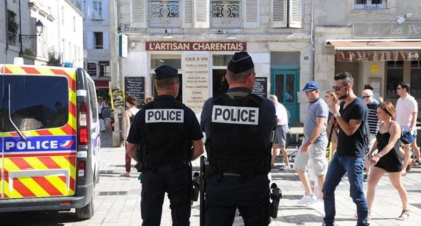 فرنسا تعتقل صبيا عمره 15 عاما لتخطيطه لهجوم
