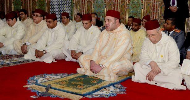 أمير المؤمنين يؤدي صلاة عيد الأضحى المبارك بمسجد أهل فاس بالمشور السعيد بالرباط