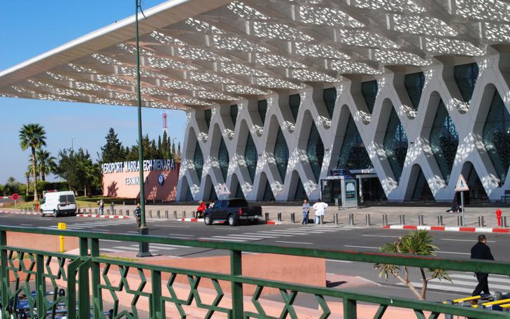 استياء في أوساط السياح بسبب وكالة لصرف العملة الصعبة بمطار مراكش المنارة