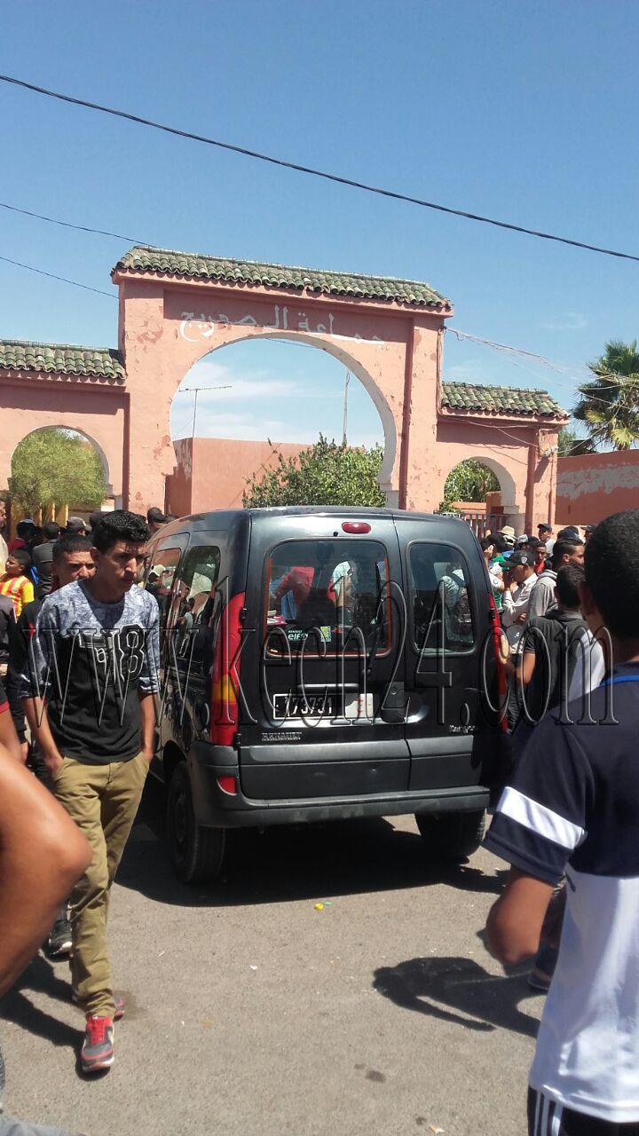 عاجل: غليان بجماعة الصهريج بقلعة السراغنة بعد خروج المئات في مسيرة احتجاجية + صور