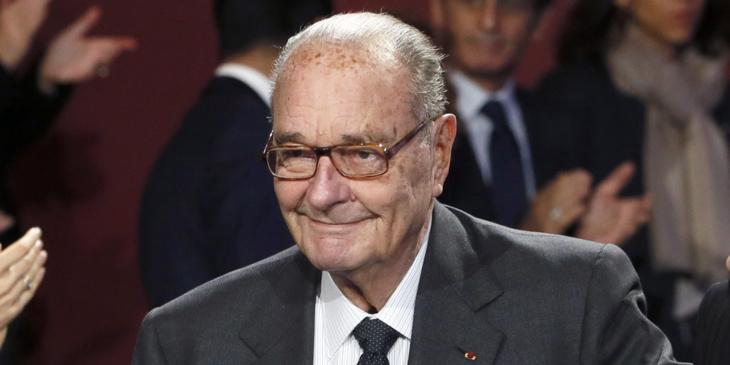 عاجل : نقل الرئيس الفرنسي السابق جاك شيراك عبر طائرة خاصة من أگادير بعد تدهور حالته الصحية