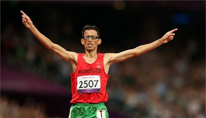 الأمين شنتوف يهدي المغرب الذهبية الثالثة بعد فوزه بسباق الماراطون البارالمبي