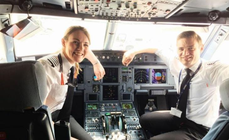 أصغر ربانة طائرة تجارية في العالم تقود رحلات بريطانية نحو مراكش