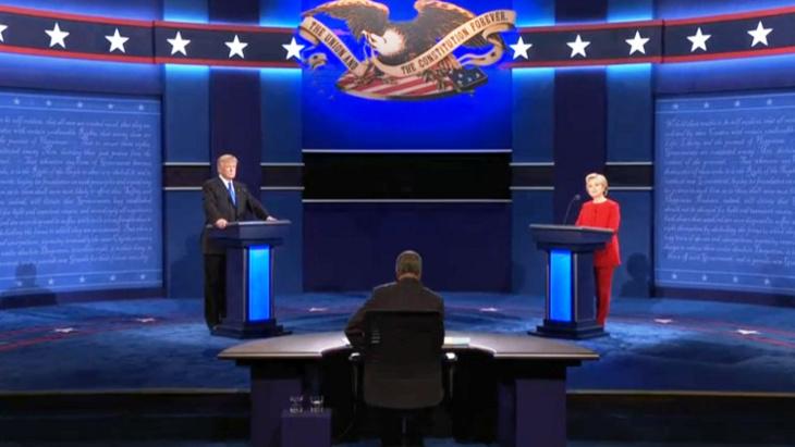 تراشق كلامي وتبادل اتهامات بين ترامب وكلينتون في أول مناظرة بينهما