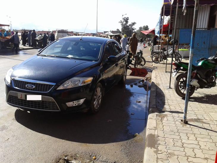 مستشار جماعي يخوض حملة انتخابية بسيارة المصلحة بمقاطعة النخيل بمراكش
