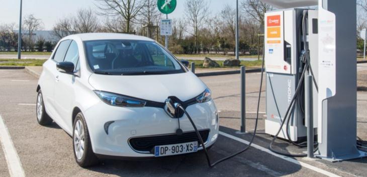 شركة رونو نيسان تضع 50 عربة كهربائية في خدمة قمة المناخ بمراكش