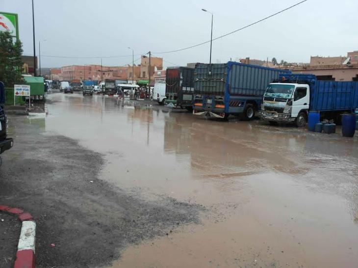 سكان مركز تزارين بزاكورة يطالبون بحملة توعية للحد من ظاهرة التلوث البيئي