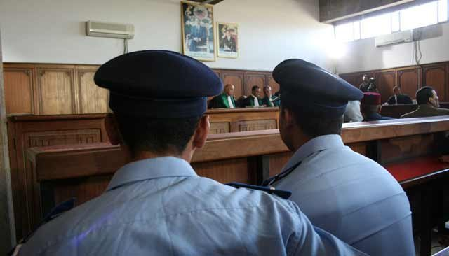 أربع سنوات حبسا نافذا في حق جندي فرنسي أدخل للمغرب أسلحة بيضاء ومعدات شبه عسكرية