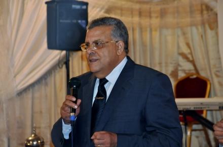 مواطن يطالب الوالي لبجيوي بالتحقيق في استحواذ جماعة سيد الزوين على 5 هكتارات مأهولة بموجب عقد عرفي
